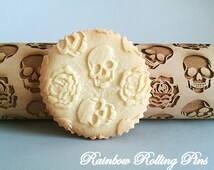 Engraved rolling pin,embossing rolling pin,embossed rolling pin,laser engraved Skulls roses pattern rolling pin