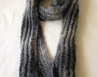 Lacy-Patterned Women's Knitted Scarf