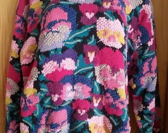 Vintage 80s Romantic Floral Northern Isles Hand Knitted Black and Pinks Size L