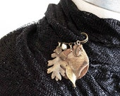 Antiqued Brass Fall Scarf Pin , Whimsical Leaf and Squirrel Costume Jewelry Brooch Pin