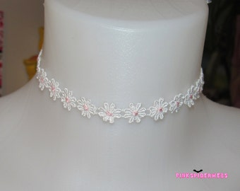 Cute White and Pink Daisy Flower Choker Necklace