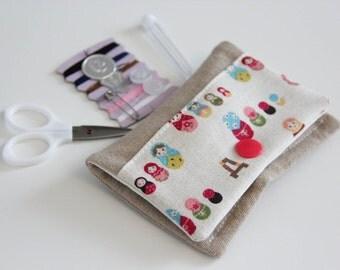 Sewing kit - Matriochkas - Russian dolls - pink - blue - travel - threads - scissors - needle - pincushion - button - fixing