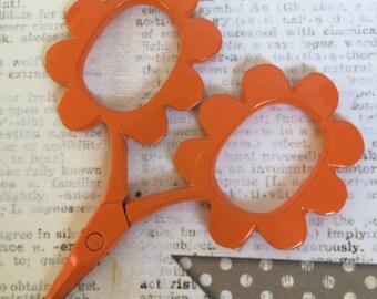 bright shiny ORANGE flower shaped handle embroidery scissors Flower Power