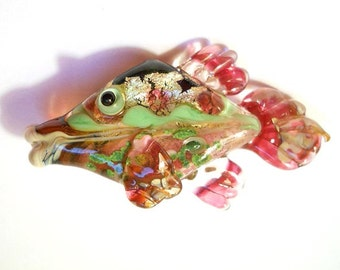 Green & pink 'glitterati' glass fish necklace, Lampwork Glass Beads, handmade focal bead, ocean bead, jewelry supplies, SRAJD, CGGE