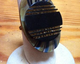 Vintage bakelite button ring adjustable