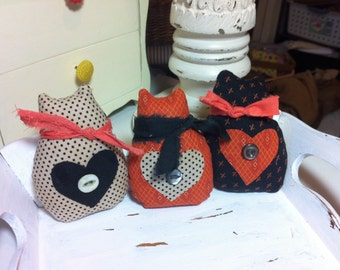 Three little kittens bowl fillers for Halloween decor