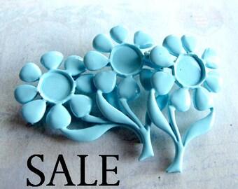 Vintage Baby Blue Enamel Flower Brooch (4X) (E596) SALE - 90% off