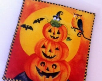 Hallowen Potholders, Set of 2  Potholders, Ghost Potholders, Pumpkin Trivets, Orange/Yellow Potholders, Handmade by AnnieKDesigns