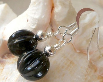 Simple Black Earrings - Bead Earrings - Basic Black Earrings - Short Earrings - Handmade - Glass Bead Jewelry - Black and Silver Earrings