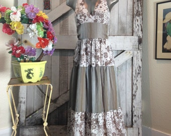 1970s brown maxi dress 70s full length halter dress size small Vintage bohemian sundress