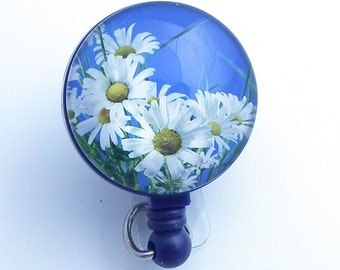 White Daisies on Blue Badge Reel, Photo Glass Round Cabochon-for Keys and ID Badges 212