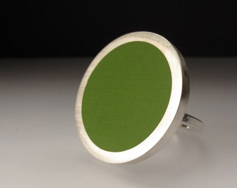 Pesto Green Cocktail Ring - Round Green Ring - Modernist Jewellery - Pop