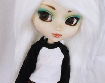 """Pullip wig 9.5"""" Long in front Pigtail White fake fur wig MonstroDesigns"""