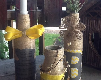 3 PERSONALIZED Jute WRAPPED Bottles with WEDDING Invitation and wedding colors