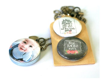 Custom Locket for Mom, Personalized Mother Jewelry, Mom Necklace, Mom Locket, ANY Photo, Chalkboard Art Necklace, Magnetic, Interchangeable
