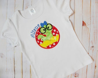 Bookworm Applique Shirt - Worm with glasses applique - Worm with glasses shirt - Back To School shirt - Made to Order