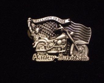 OLD SCHOOL vintage harley davidson pin. statue of liberty,flag FANTASTIC