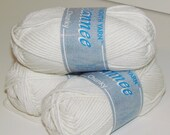 Winter White Chunky Yarn PYC Jeannee Chunky Cotton Cream Color blend yarn Natural Color 08