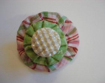 Vintage Pearl Dot Button and Fabric Yo-Yo Brooch - Pink & Green Plaid Fabric - Light Green Fabric Yo-Yo - Hand Crafted