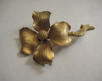 Giovanni Gold Plate Dogwood Pin Marked