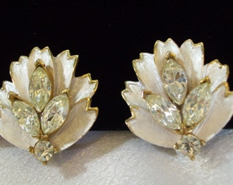 Matte Silver Rhinestone Leaf Earrings Gold Plated Clip on Vintage 60s