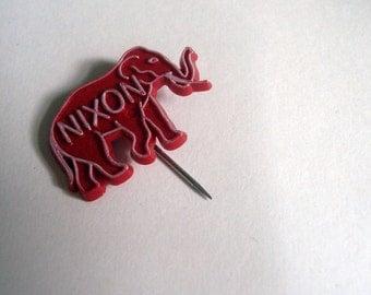 Vintage campaign pin - Nixon GOP elephant