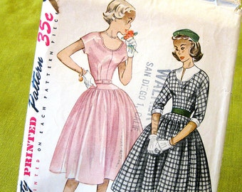 1950s Vintage Sewing Pattern Full skirt Dress with Scoop Neckline Rockabilly Style  / Size 12