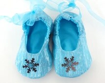 FROZEN baby girl glitter and sequins shoes, ballerina baby slippers with soft sole, aqua blue elsa slippers, Christmas baby girl booties