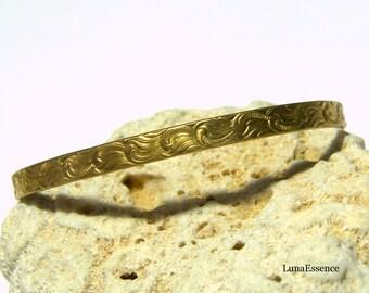 Brass Patterned Cuff Brass Cuff Modern Bracelet Bohemian Bracelet Gift Ideas Etsy Gifts Popular Jewelry Waves