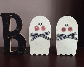 "Boo, standing 6"" letters"
