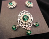 1990s Vintage Silver and Emerald Pin and Earring Clips Set