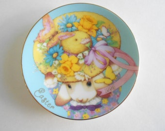 1976 Vintage Grandmother Plate Purple Flowers A By