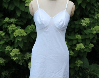 Vintage white nylon slip Vanity Fair 36
