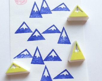 mini mountain stamp set. snowy mountain hand carved rubber stamp. diy winter christmas. gift wrapping. gift tag sticker making. set of 3