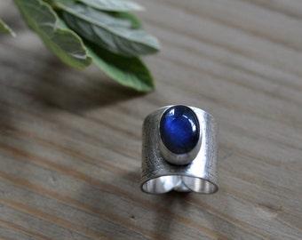 Sterling Labradorite Ring, Oxidised Metalwork Ring, Statement Gemstone Ring - Ditsy Ring in Labradorite