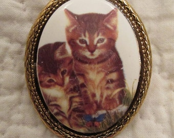 Vintage Brooch Kitties Brooch Cameo