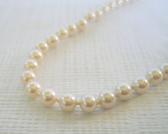 Vintage Pearl Necklace, Glass Pearls, Knotted Pearls, Creamy White, Cream Pearls, Pearl Bead Strand, 6 mm Pearls
