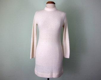 60s winter white knit mini dress long sleeve acrylic (s - m)