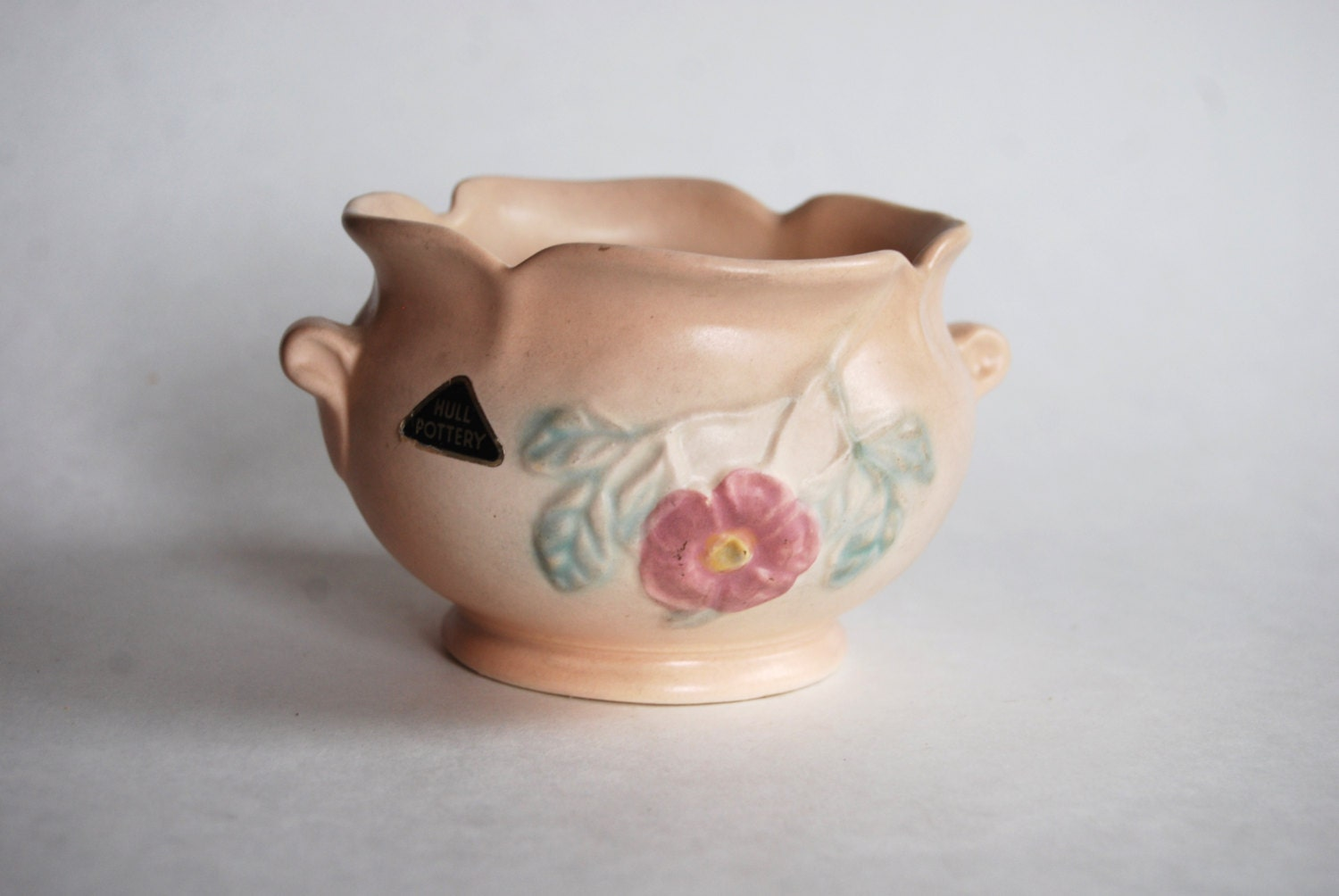 dating hull pottery marks Not all marks are authentic as seen on discovery channel's auction kings, phd antiques appraiser dr lori explains what is missing to make.