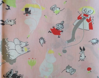 """Moomin pink quilt grade cotton fabric for various projects, 24x24"""" , 60x60cm"""