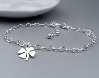 Silver Clover Bracelet, Sterling Silver, Lucky Bracelet, Good Luck, Shamrock Bracelet, Four Leaf Clover
