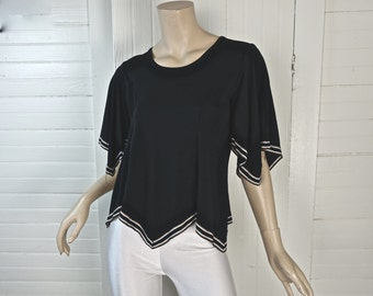 70s Peasant Blouse in Black & White 1970s- Angel Sleeves- Small- Hippie / Boho / Romantic / Gypsy / Disco