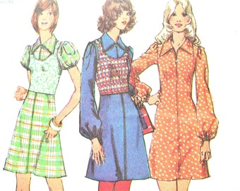 Uncut Simplicity 5071 ©1972 Juniors' and Misses' Mini-Dress and Pullover Top  Vintage Sewing Pattern Bust 32.5 inches