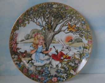 1980  Alice and The White Rabbit decorative, numbered plate by Roberta Blitzer