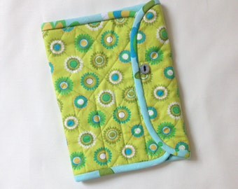 Crochet Hook Case for large hooks, lime and turquoise, quilted wallet organizer, polymer clay hook storage, gift for crocheter, holder