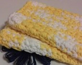 Dish Cloth, Wash Cloth, Facial Cloth, Cotton Wash Cloth.....set of 2 in Sunshine Yellow and White, Dishcloth, Washcloth,