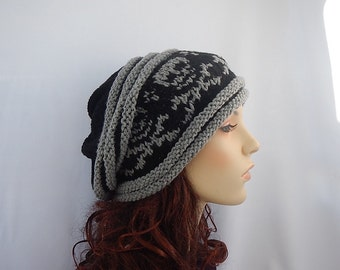 Slouch hat with skull and cross bones,knit slouchy hat with skulls,knitted hat with skulls,beanie with skulls
