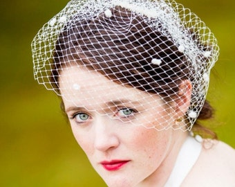 Dotted birdcage veil-ivory bridal veil-Birdcage veil-Blusher veil-Wedding veil-Dotty veil-Burlesque headpiece.