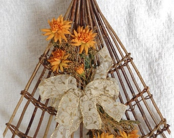 Vtg Autumn/Fall Floral/Bow Decorated Trellis Door or Wall Hanging Handmade