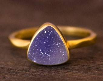 LABOR DAY SALE Gold Purple Mauve Druzy Trillion Cut Ring - Triangle Ring - Stacking Ring